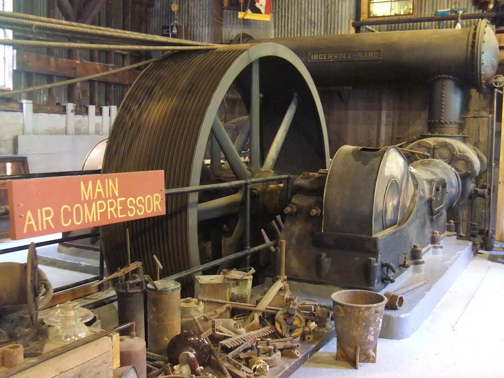 Compressor De Ar Antigo